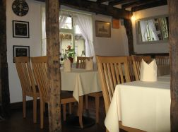 The Abbot's Table - best sunday roast tewkesbury & cheltenham
